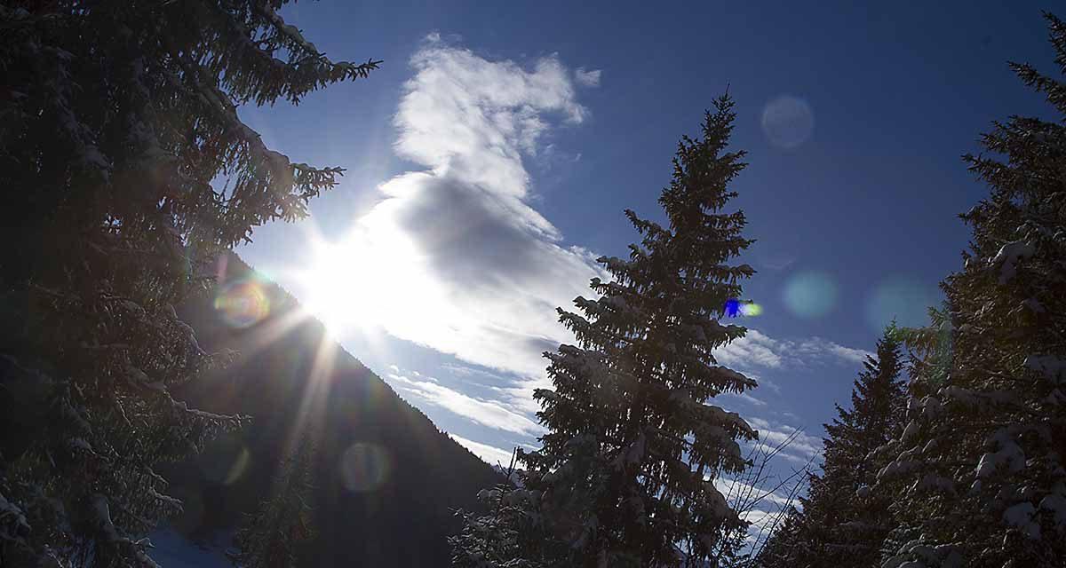 Schneeschuhwandern und Ritualfeuer
